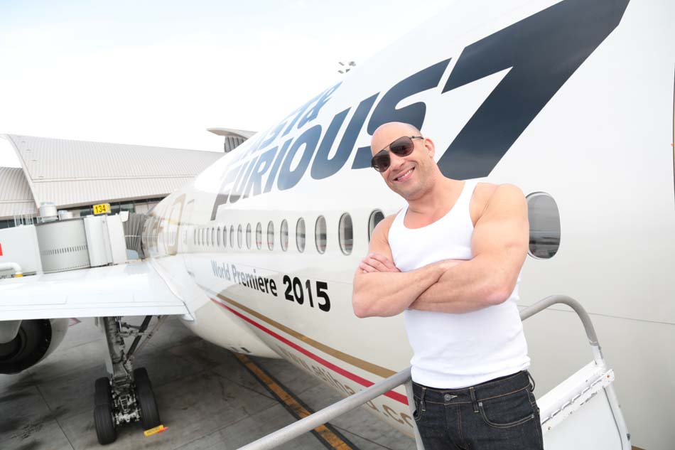Boeing 777 d'Etihad Airways - FAST & FURIOUS 7