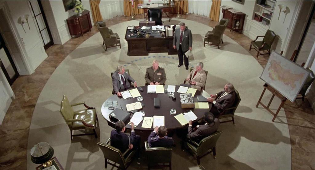 La Table Ovale de la Salle Ovale, de la Maison Blanche.